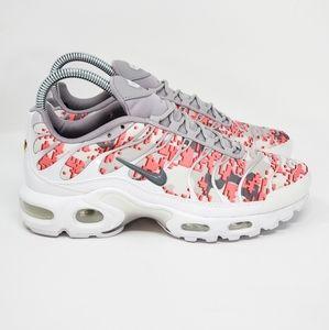 Womens Nike Air Max Plus TN Gunsmoke Gray Pink